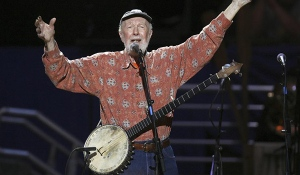 Pete Seeger playing the banjo